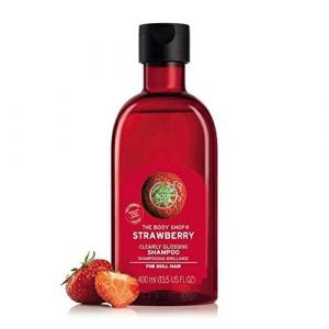 the-body-shop-strawberry-clearly-glossing-shampoo